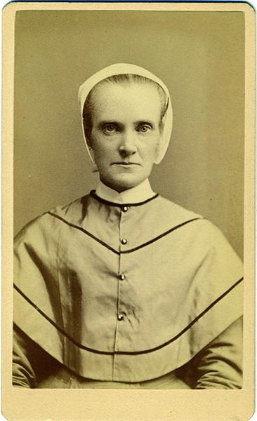 Isabella Russell CDV